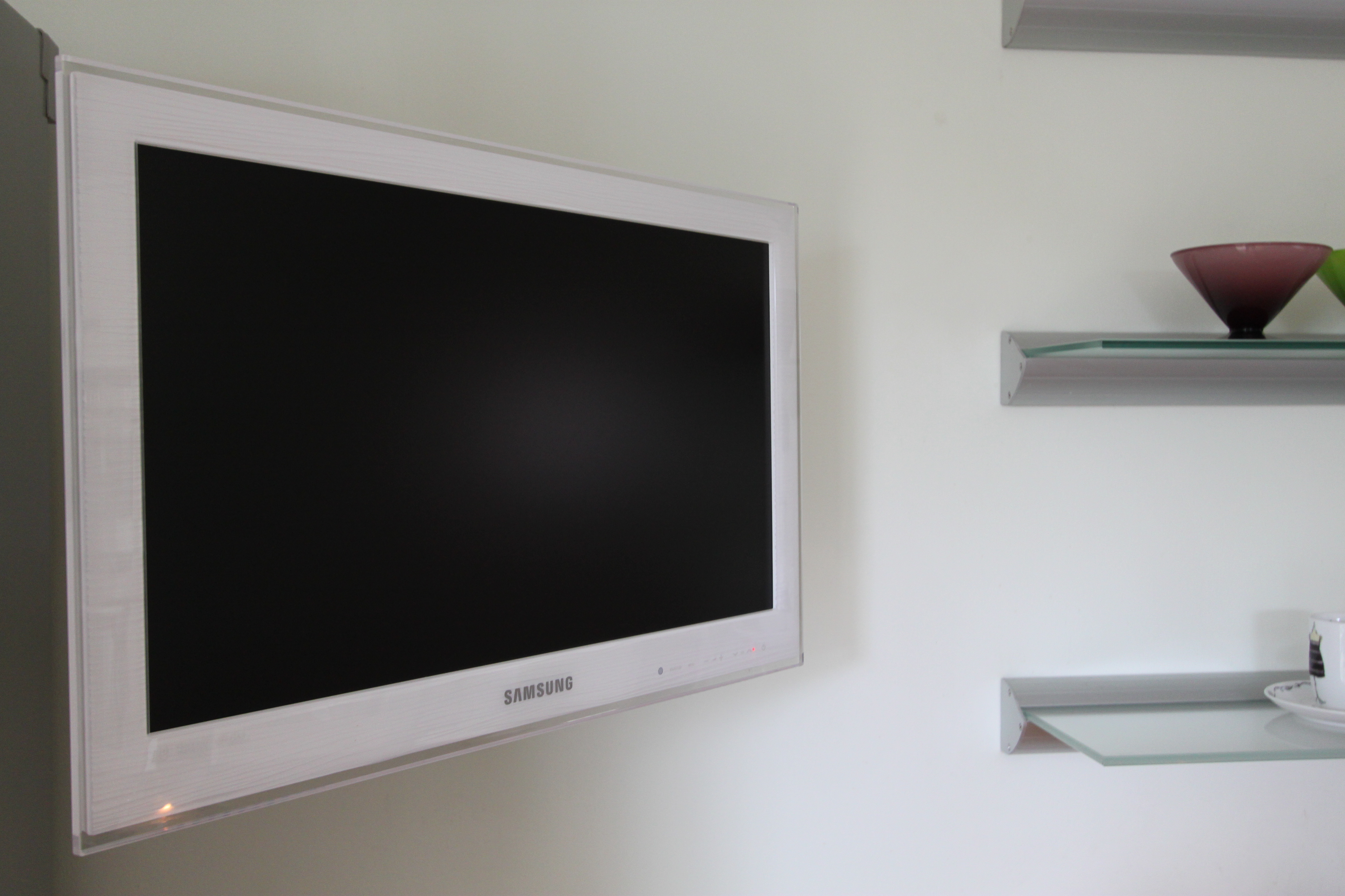 Wall Led Tv : Plasma Tv On Wall Samsung led 26 tv led tv wall mount. judged.co