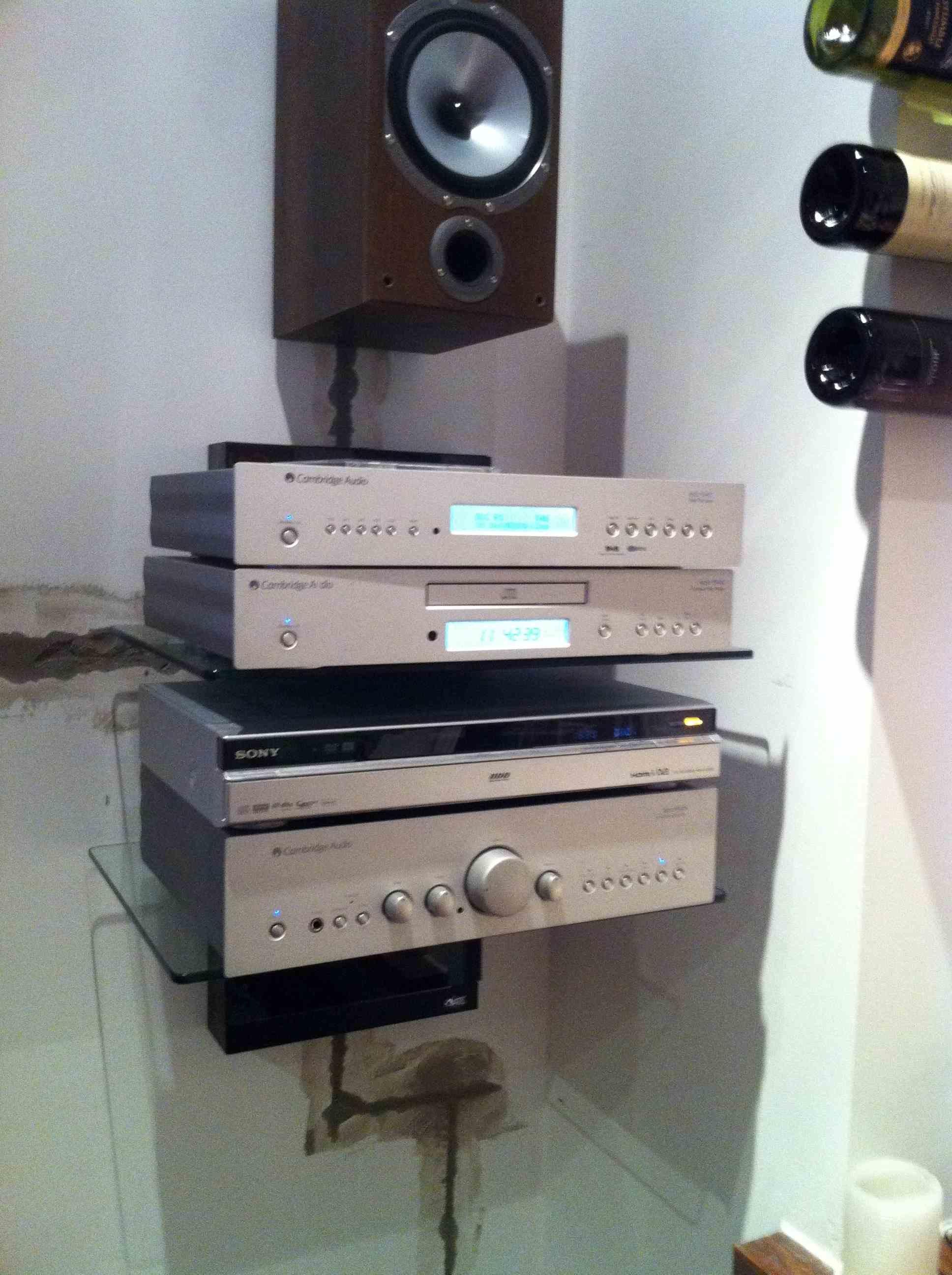 Tv And Hi Fi Stereo Installation In Surrey Master Av