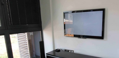 tv wall mounting tv installation tv install master av services. Black Bedroom Furniture Sets. Home Design Ideas